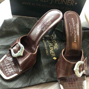 Donald J Pliner ..... couture slip on sandal